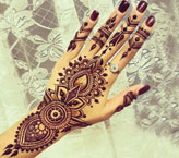 Allezaza Simple Mehndi Design