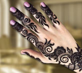 Bushra Beautiful Mehndi Design