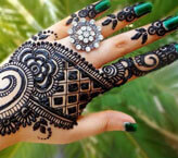 Exquisite Back Side Mehndi Design For Hands