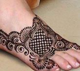 Fatima Simple Mehndi Design