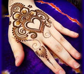 Hand Heart Mehndi Design