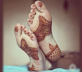 Mehndi Design Simple for Feet