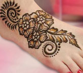 Noreen Simple Mehndi Design