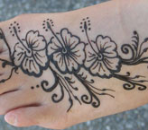 Saweera Simple Mehndi Design