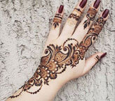 Simple Mehndi Art